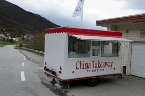 Rong Zeng med China Takeaway